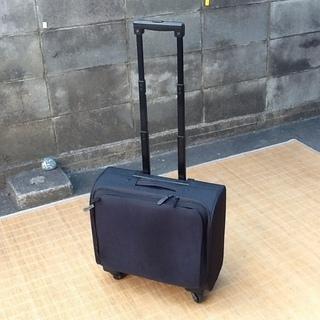 【100円です】キャリーバッグ黒 42×高さ40×厚み18…