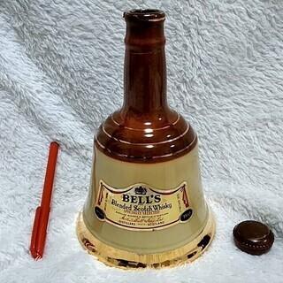 ★★空き瓶のみ!!45年くらい前「BELL'S(ベル)」スコッチウイスキー・インテリアなどに★★の画像