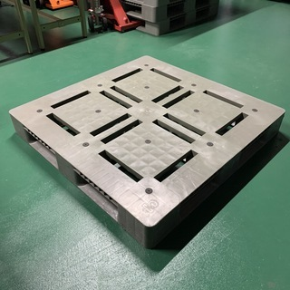 樹脂パレット(110cmx110cm)