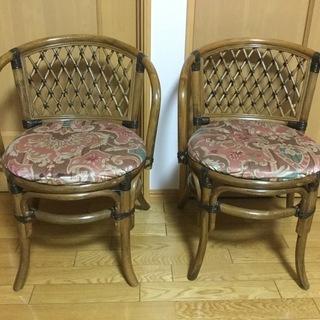 値下げの値下げ❣️食卓テーブル、籐の椅子2組❣️美品 - 東根市