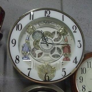 R0697) スモールワールド 掛時計 電波 M490 その他家...