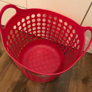 洗濯カゴ ピンク