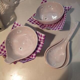 陶器の器とおたま