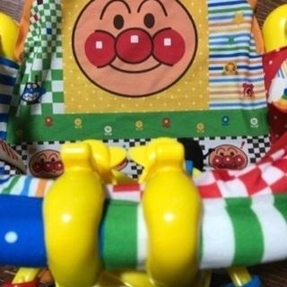 ベビー用品 アンパンマンのメリー おまけトイザラスのおもちゃ付けます
