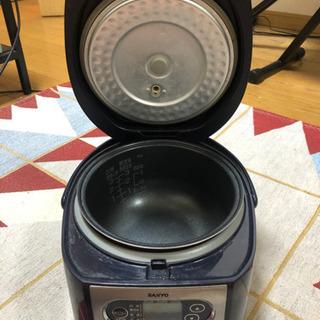 【お取引成立】3合炊き 炊飯器 紺色