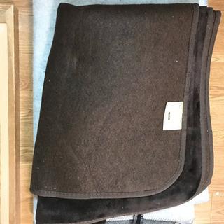 ホットカーペット 1.5畳 カバーもセットで。