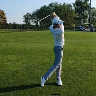ゴルフ、コース、打ちっ放し練習