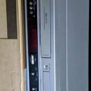 ビデオ一体型DVDプレーヤー