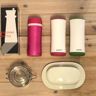 キッチン雑貨 水筒 パタープレート ドレッシングボトル キッチン...