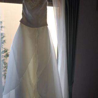 ウェディングドレス 白 マリアベール付き 試着可能