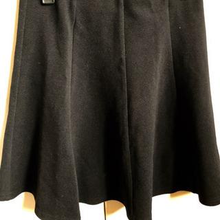 CECILMcBEE.黒のスカート