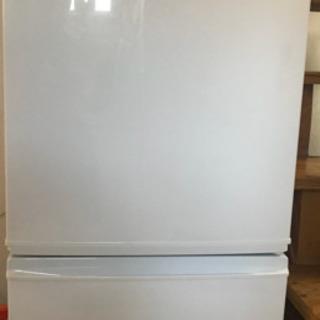 (受渡し者確定)3000円で冷凍冷蔵庫を売ります!