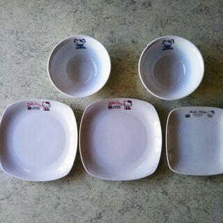 新品★ハローキティの白いお皿5点セット★