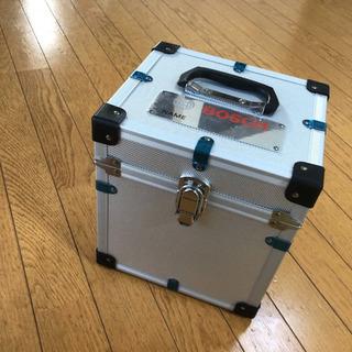 レーザー墨出し器、BOSCH (GLL 8-40 E)