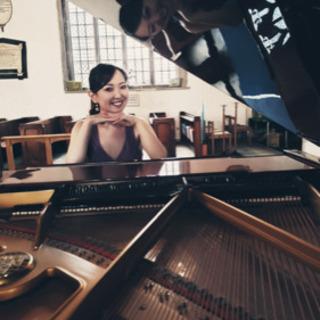 オンラインピアノレッスン承ります。現役で演奏活動をしているピアニ...