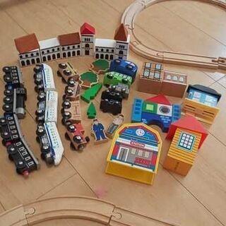 木製 レール 電車