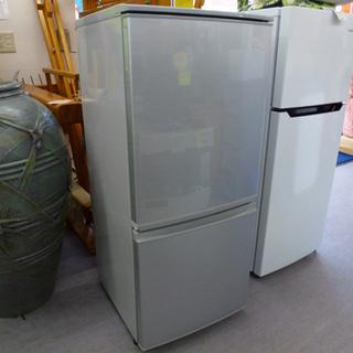 2ドア冷蔵庫 137リットル 2015年製 シャープ SJ-D1...