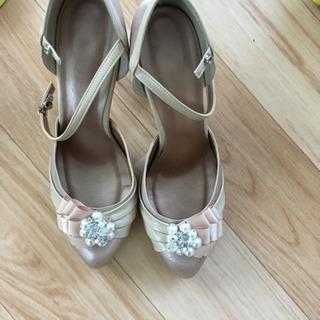 結婚式で使える靴