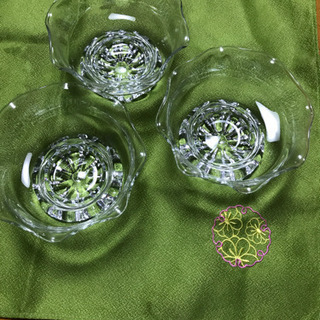 かき氷の器。 金魚鉢のような可愛い器3個