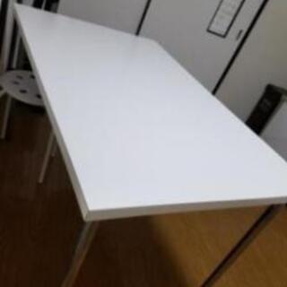 白いテーブル(当日キャンセルのため再出品)の画像