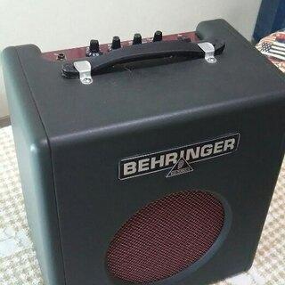 ギターアンプ BEHRINGER社BX108