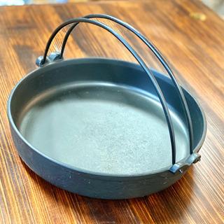 南部鉄器のすき焼き鍋