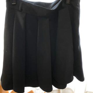 《値下げ》黒スカート
