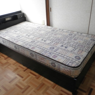 ベッドお譲りします。