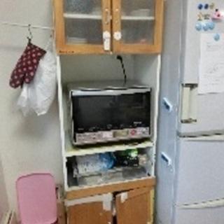 食器棚 500円