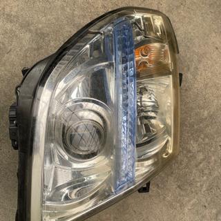 エルグランドe51 ヘッドライト(右目) ジャンク品