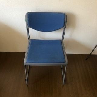 オフィス用の椅子2脚