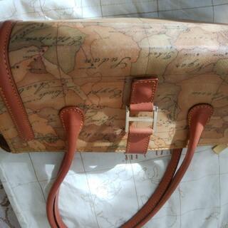 プリマクラッセ 筒形ハンドバッグ