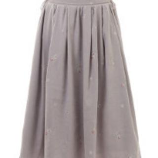 LIS LISAリズリサ 刺繍ミモレ丈スカート グレー 新品 未使用