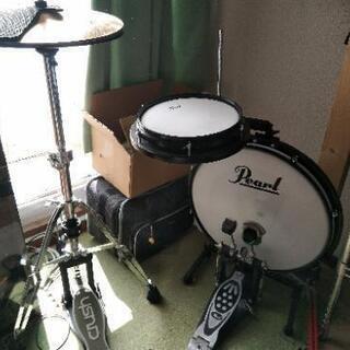 【ドラム】Pearl コンパクトトラベラー、TAMAスローンつき