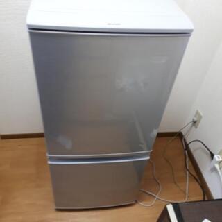 シャープ SHARP 2ドア ノンフロン冷凍冷蔵庫 137L SJ-D14C-S 2016年製 つけかえどっちもドア 冷蔵庫  137L SJ-D14C-S     - 豊川市