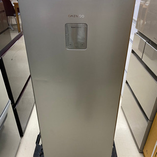 値下げしました❗️17年製 DAEWOO 多目的 冷凍庫 DR-...