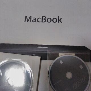 MacBook箱とインストールディスク