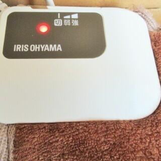 ☆アイリスオーヤマ IRIS OHYAMA HCM-60S-T ホットマット◆2018年製・足元から暖かい - 横浜市