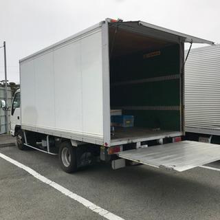 運搬車トラック貸します。3t  パワーゲート パネルバン