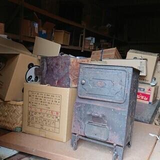 ご自宅の不用品・骨董品買取致します。