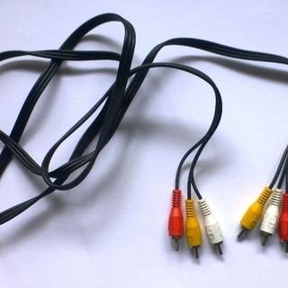 AVケーブル 両端RCA その1