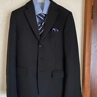 男子スーツ