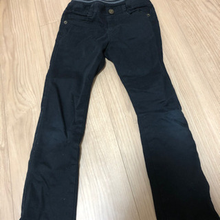 まだまだ着用可能 黒デニム130サイズ