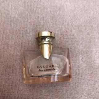 お話中 無料でどうぞ ブルガリ BVLGARI  ローズ 香水