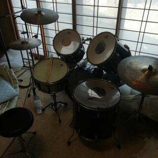 ドラムセット 1個破れあり!