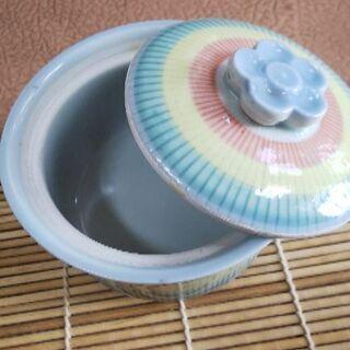 蓋付き皿 の画像