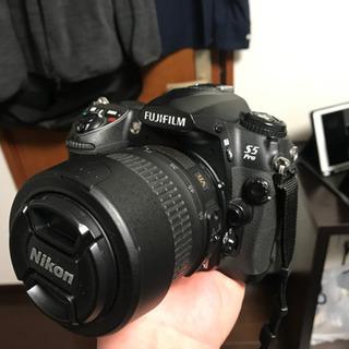 (中古)デジタル一眼セット 防湿庫、レンズ付 富士フィルムS5PRO