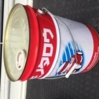ペール缶20L オイル入っていたものです。