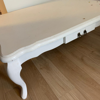 猫足 テーブル ヨーロピアン風の画像