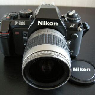 ニコンフィルムカメラ Nikon F-501AF ズームレンズN...